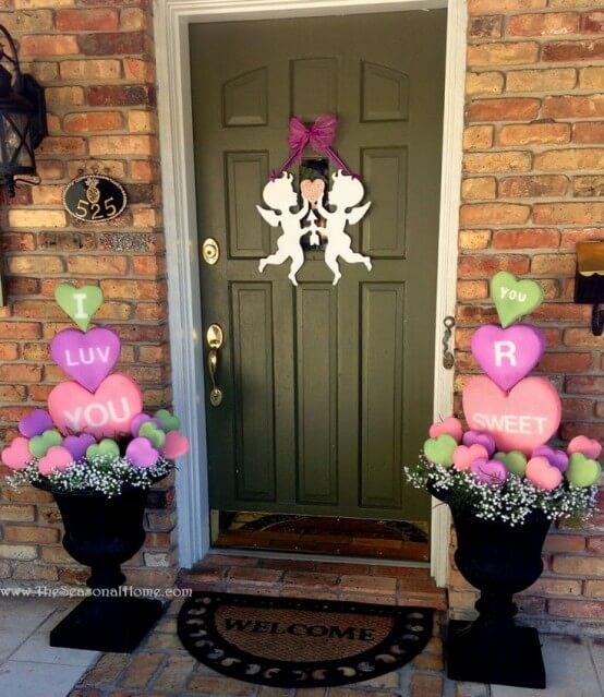 creative-outdoor-valentine-decor-ideas-1-554x639