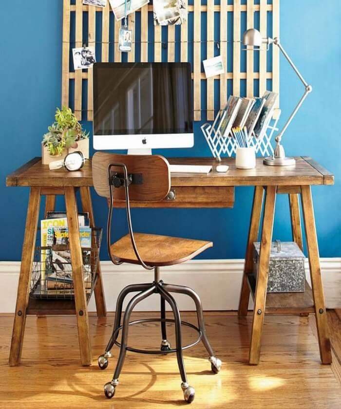 saw-horse-desk-700x840