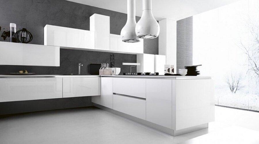 Luminous Contemporary Kitchen