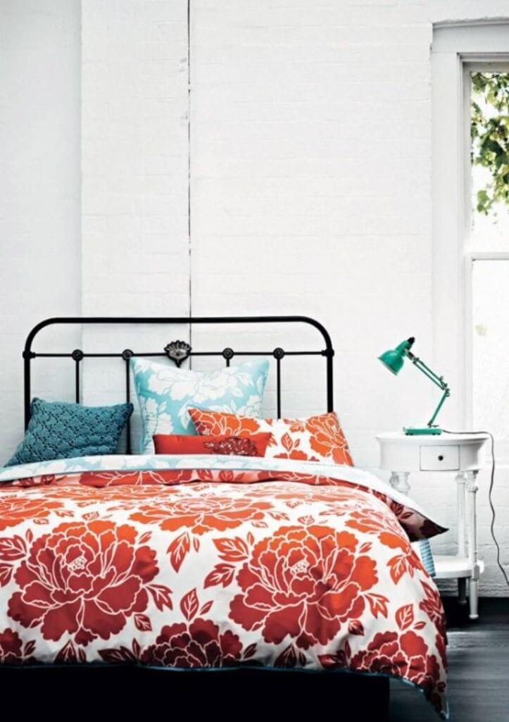 Bold Floral Bedding