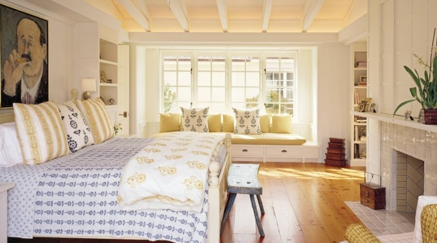 8 Farmhouse Inspired Bedroom Designs