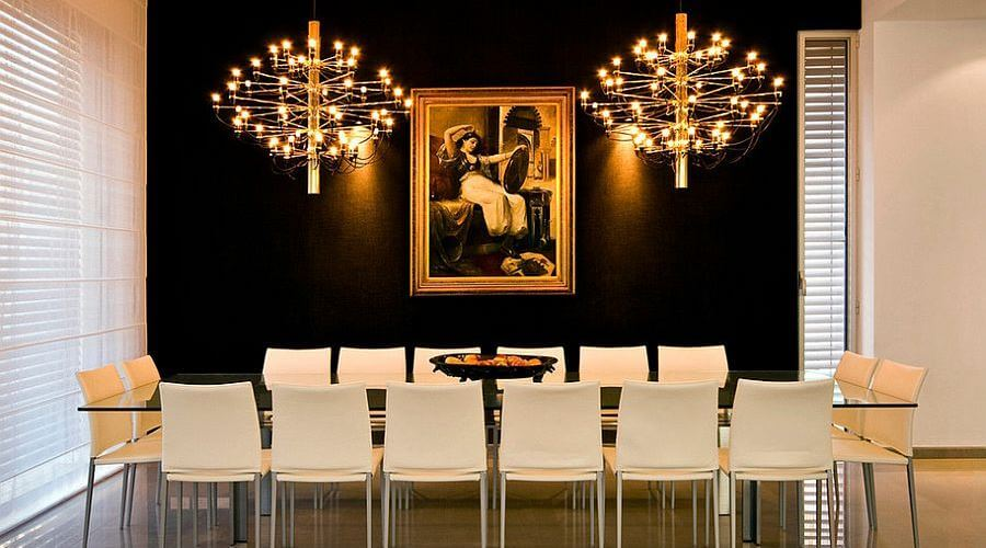 11 dramatic gold and black interior design ideas https for Black gold interior design