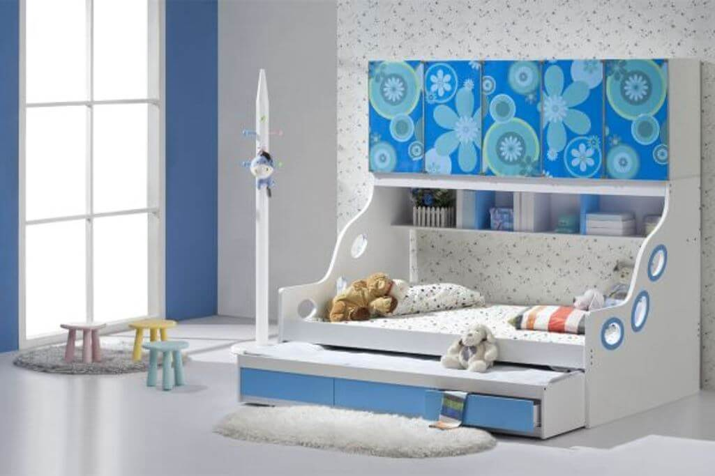 Sleek Trundle Bed with Extra Storage