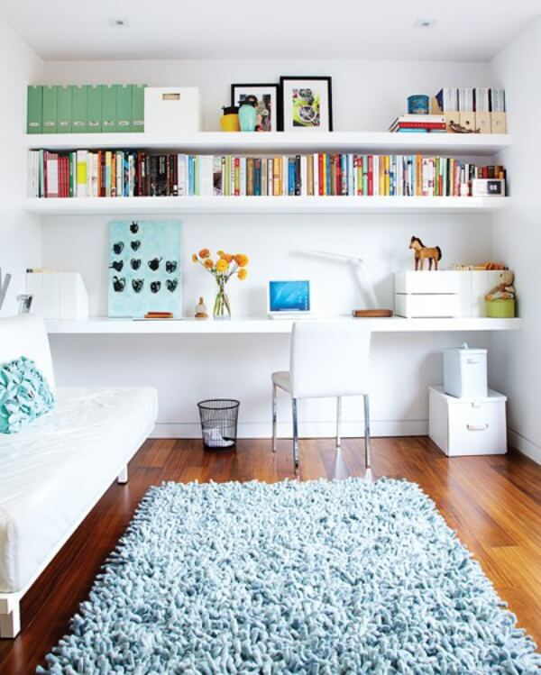 White Beautiful Floating Shelves for the Living Room