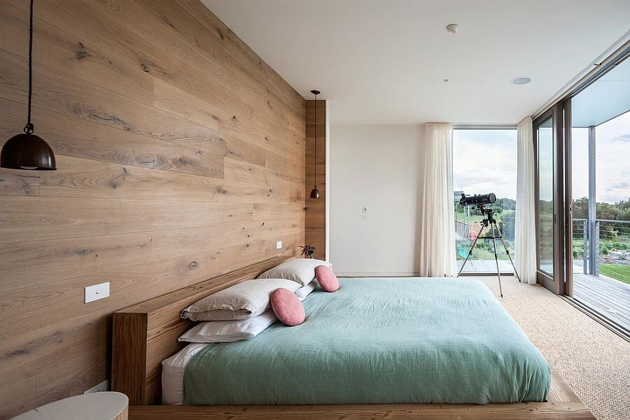Lovely natural Bedroom with Wooden Panel