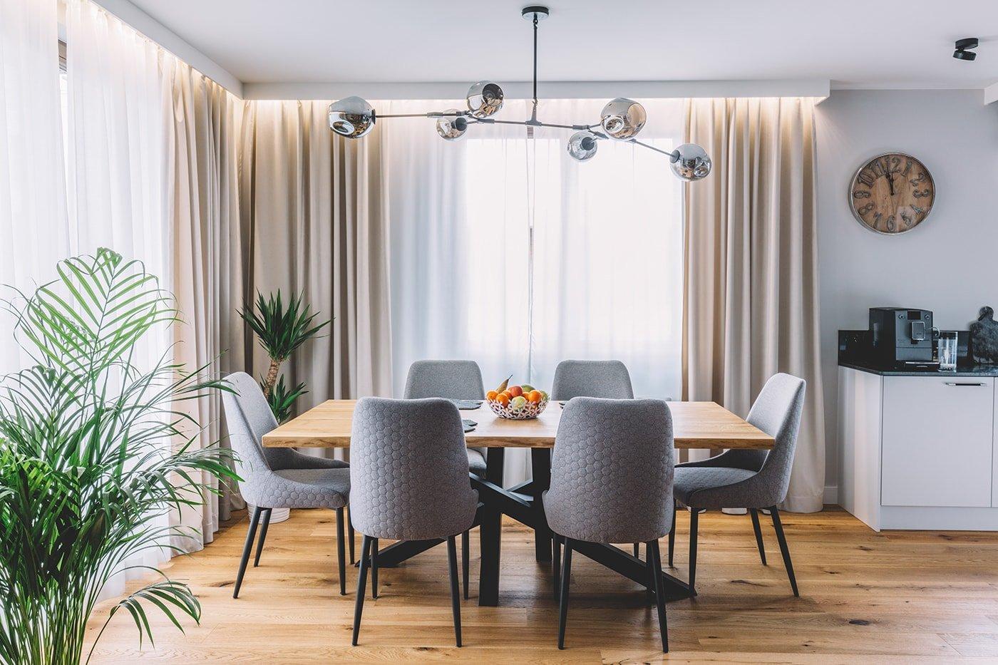 Modern apartment dining room
