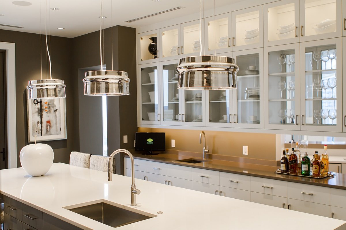 hanging lighting in kitchen