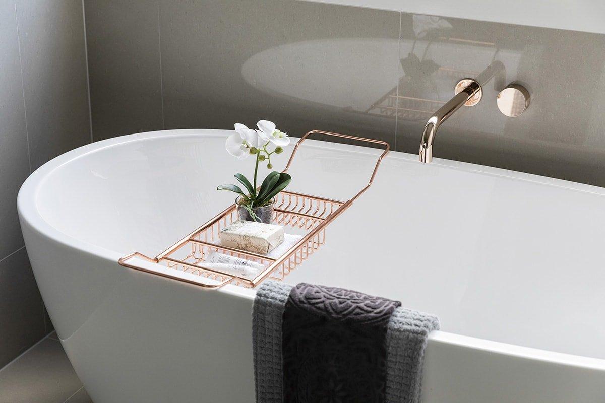 Stylish bathtub