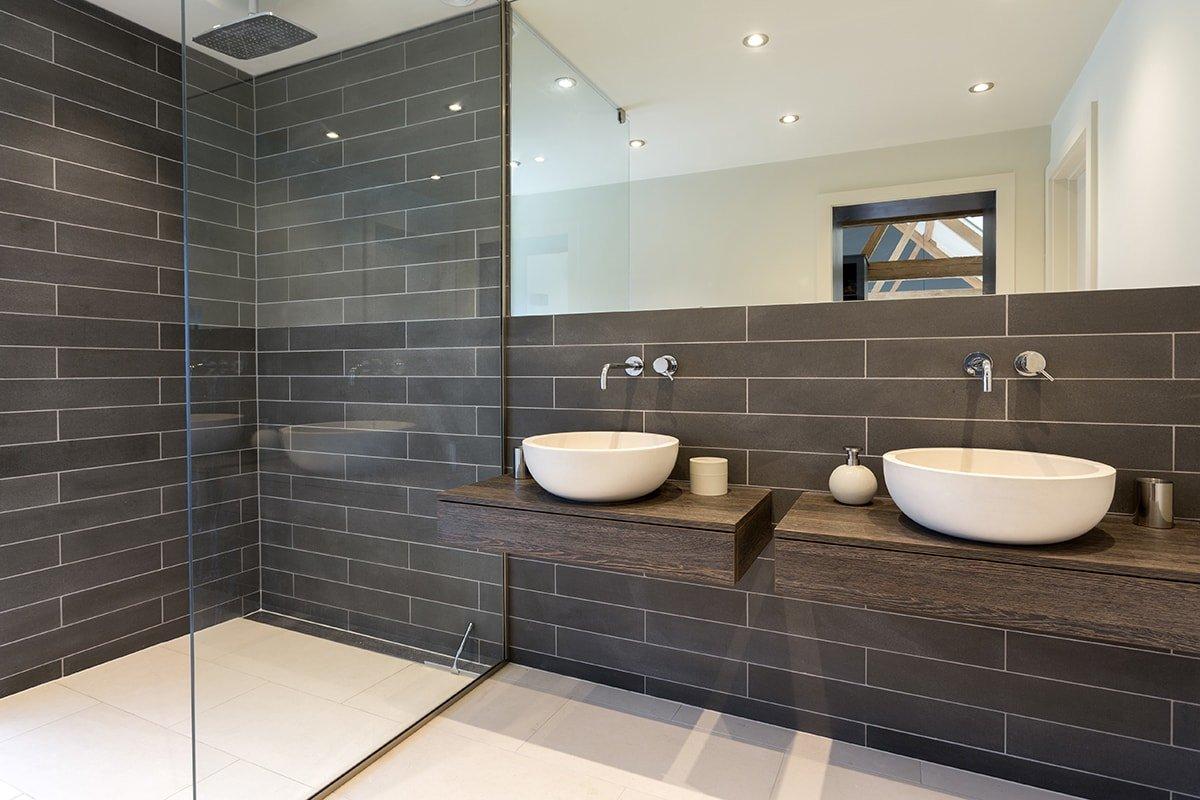2 New sinks in bathroom