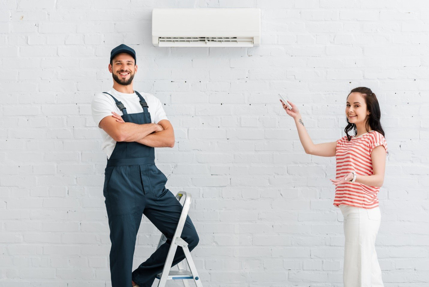 Air Conditioner Repair Person